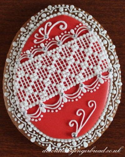 Red egg cookie with lace
