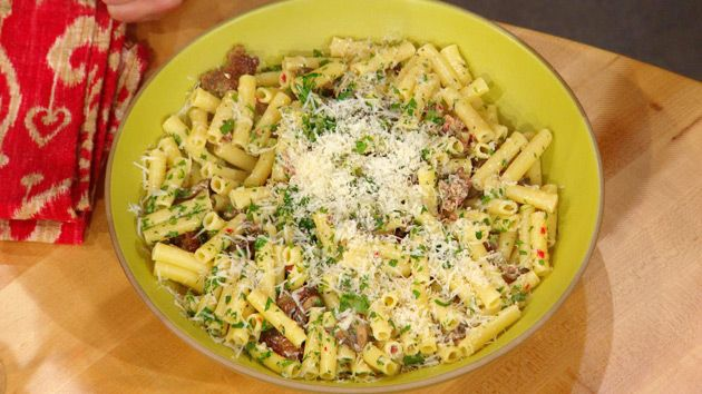 Carbonara with Sausage & Mushrooms
