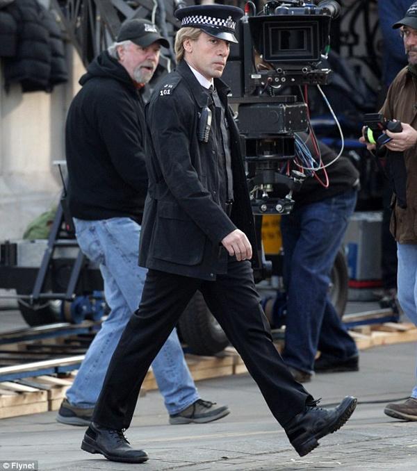 Javier Bardem As 'Skyfall' Villain (First Look)