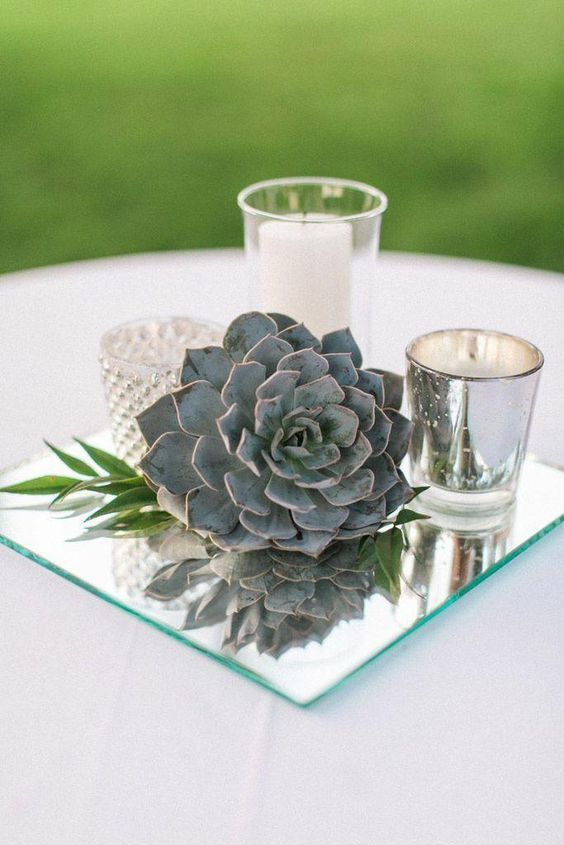 vintage mirror wedding centerpiece idea / http://www.himisspuff.com/mirror-wedding-ideas/4/