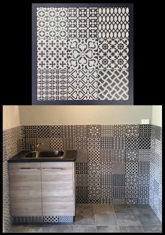 Monochrome patterned tiles