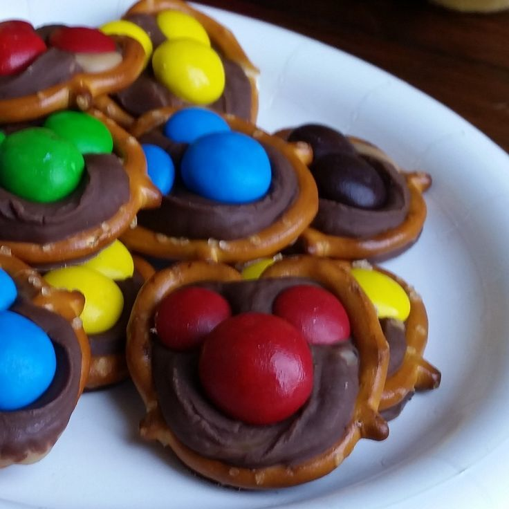 Image result for mickey mouse cookies on a stick