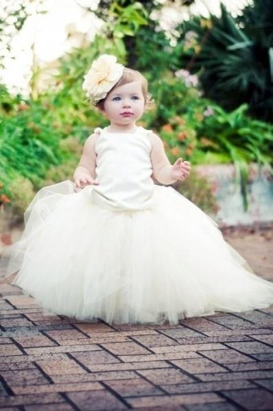 Vestidos de niños: Girls Tutu, Flower Girls Dresses, Little Girls, Flower Headbands, Little Flower,  Crinolin, Tutu Dresses, The Dresses, Girls Outfit