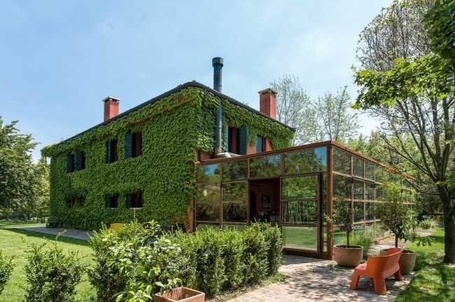 Keď dom na vidieku začne zelenať