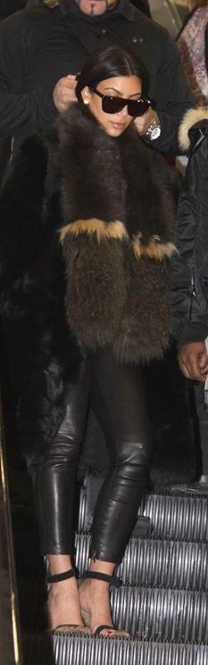 Foolproof Steps to Dressing for the Airport like Kim Kardashian Kardashian: Sunglasses – Saint Laurent Shoes – Celine