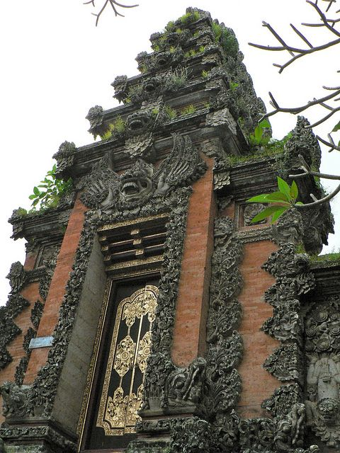 I love #Bali! Here are my Bali travel ideas: http://holipal.com/the-best-honeymoon-in-bali/
