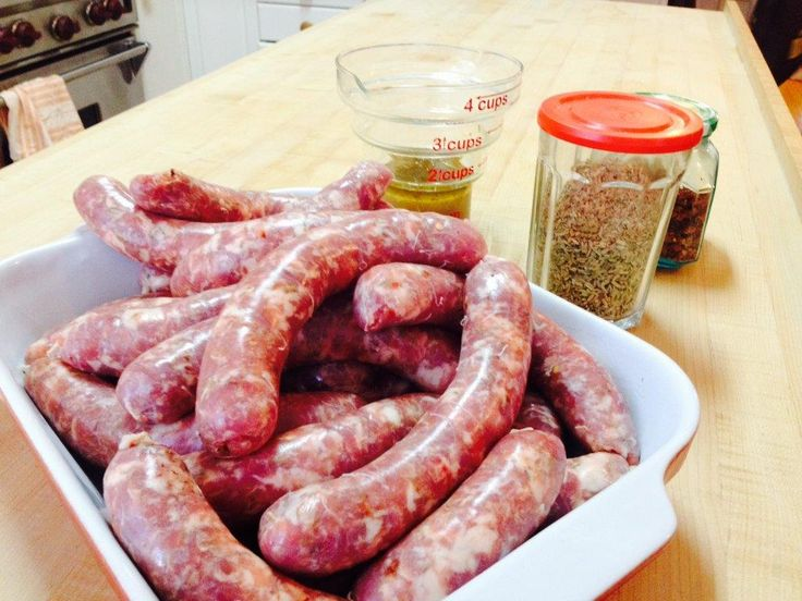 Saucisses de veau et de porc/ Pork and veal sausages
