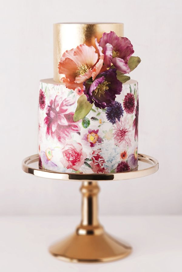 All that glitters is gold and floral   10 Watercolour Wedding Cakes Almost Too Lovely To Eat   Weddingbells