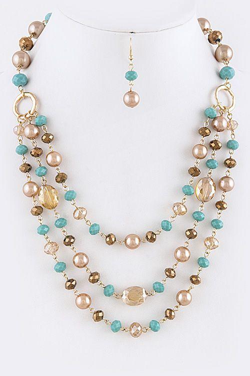 Lindo collar sencillo y colorido