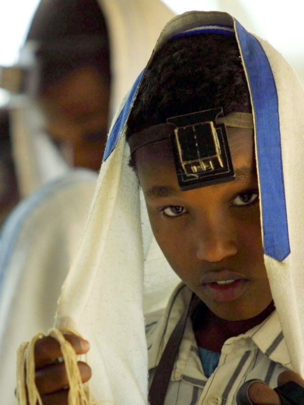 Did you know that there was a migration of Ethiopian Jews, also known as Operation Salomon. This operation was made by the state of Israel in 1991, so that the jewish people could have a decent life in holy grounds.: