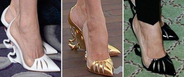 Son zamanlarda gündemde olan filmlerden biri Malefiz; filmin başrolü Angelina Jolie ve ayakkabıları. Ayakkabılar?! Dediğinizi duyar gibiyin. Angelina için bu filmde oldukça özel ayakkabılar kullanıldı. Filmin birçok tanıtımı yapıldı ve Angelina hepsinde Christian Louboutin ayakkabıları giydi.