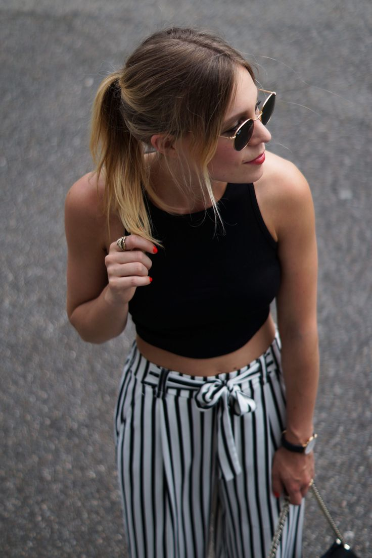 Outfit: Striped Culotte X Crop Top                                                                                                                                                                                 Mehr