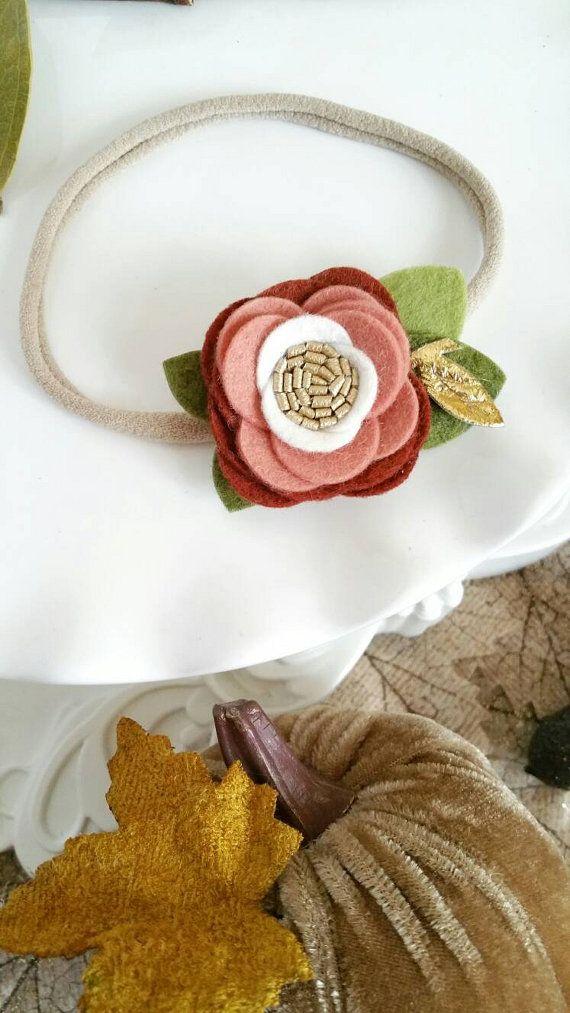 1000 id es sur le th me couronnes de fleurs en feutre sur pinterest couronnes de fil Bricolage printemps objets naturels idees