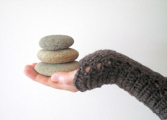 Crocheted winter wrist warmers