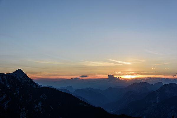 Julian Alps. Mountain Escape. Where The Sun Dies ..
