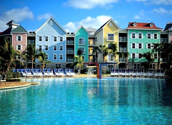 With its colorful architecture and warm hospitality, Harborside Resort at Atlantis celebrates the uniqueness and beauty of The Bahamas. #HarborsideResort #Bahamas #Atlantis