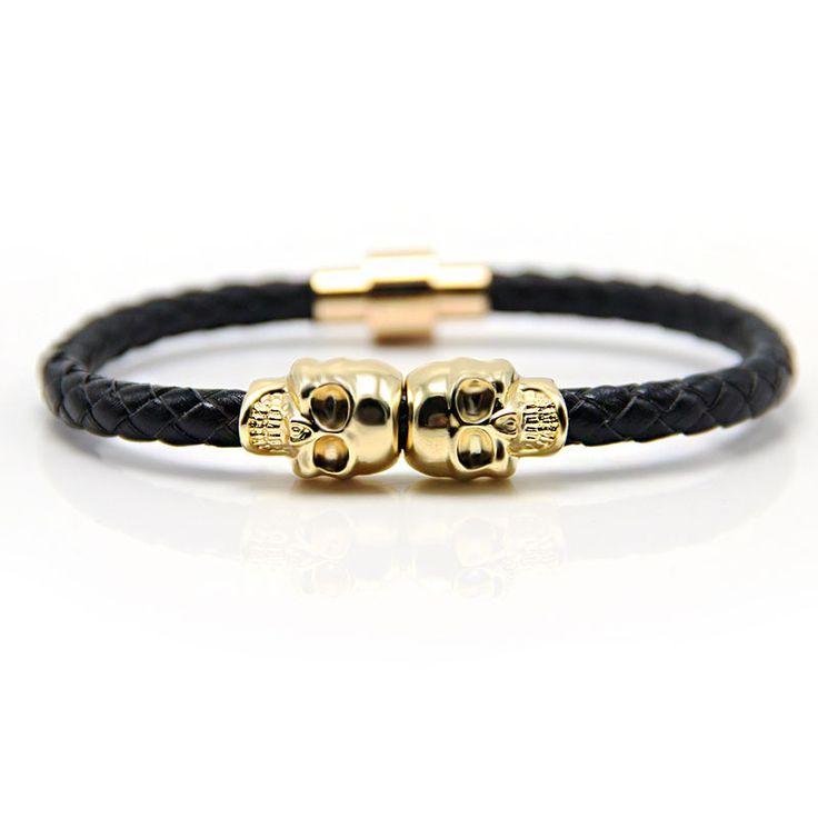 Купить товар2016 новинка мода из натуральной кожи браслет магнитной застежкой панк скелет череп браслет в категории Витые браслетына AliExpress.             Пожалуйста, дайте нам знать размер вы хотите, поэтому мы можем отправить вам наиболее подходящий браслет.