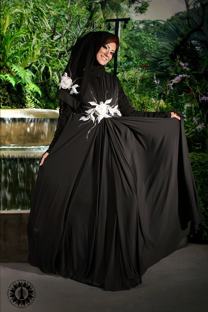 Impressive collection of abaya with flare designs  (13)