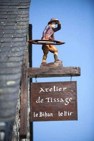 Hervé le Bihan, Tisserand à Locronan  c. Hervé Ronné