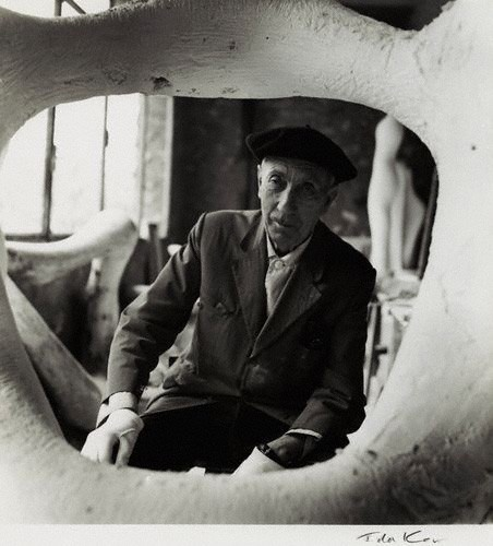 Life of jean arp as the forefather of the dada and surrealist movement