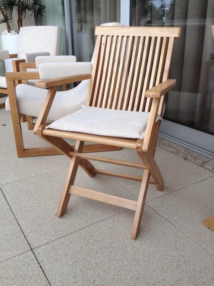 Chair in solid oak upholstered with prado ref. PRA W013 from Dickson Contract, by Mi Loureiro