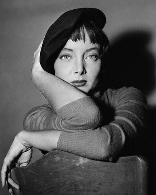 Carolyn Jones. / Love the Beatnik Look here, of course. And, she will be best remembered as 'Morticia' on the Addams Family TV show.