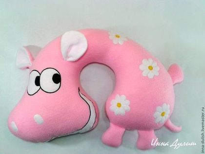 Cute Travel Pillow Idea - buy or try