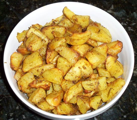 Greek Lemon Garlic Potatoes in the Oven