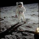 Cuatro días después de la salida de órbita del Apolo 11, la misión completó con éxito el alunizaje cuando, el 21 de julio...