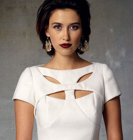 V1423, Misses' Dress