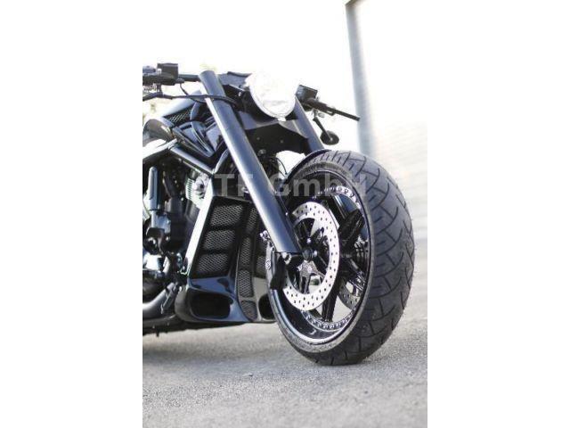 Harley-Davidson VRSC Night Rod Spezial – 3 – Mick Doyle
