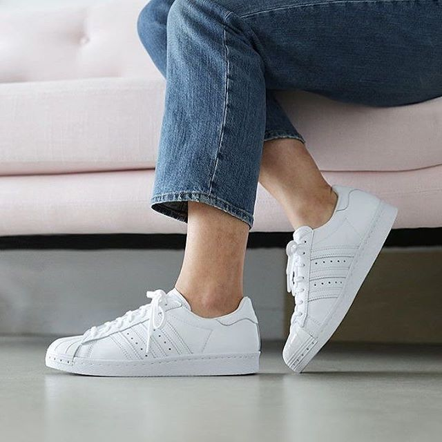 Sneakers femme - Adidas Superstar all white (©missbish)