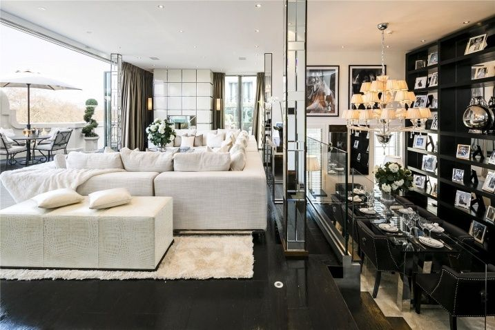 Big cities, big apartments  If you like #elegant but authentic style, this #luxurious #apartment in #Londra is for you! #luxuryhomes #luxurylifestyle #luxuryapartments #home http://www.luxuryestate.com/p33926181-apartment-for-sale-london
