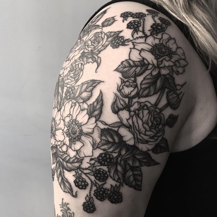 495 best tattoos images on pinterest tattoo ideas feminine tattoos and ink. Black Bedroom Furniture Sets. Home Design Ideas