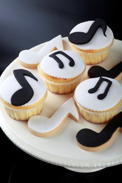 16 best images about musical theme on pinterest cookie for Divan patisserie