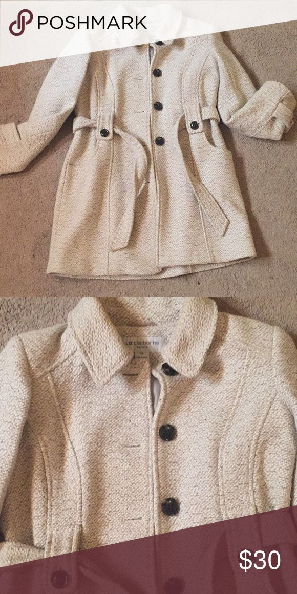 Petite Winter Coat White and Tan pattern. Barely worn! Liz Claiborne Jackets & Coats Trench Coats