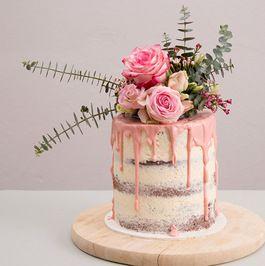 instrucciones de bricolaje: Torta desnuda con flores y decorar eucalipto a través DaWanda.com