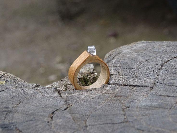 Inel din lemn natural, Inel din lemn si cristal, Inel cu Swarowski, Inel…