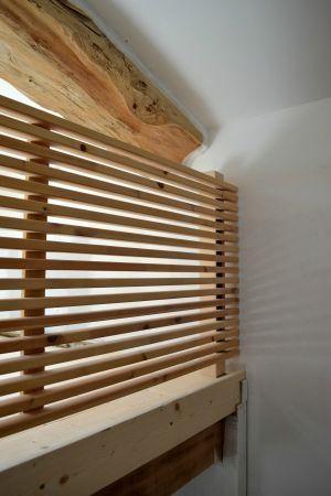 les 22 meilleures images du tableau claire voie sur pinterest escaliers mezzanine et claire voie. Black Bedroom Furniture Sets. Home Design Ideas