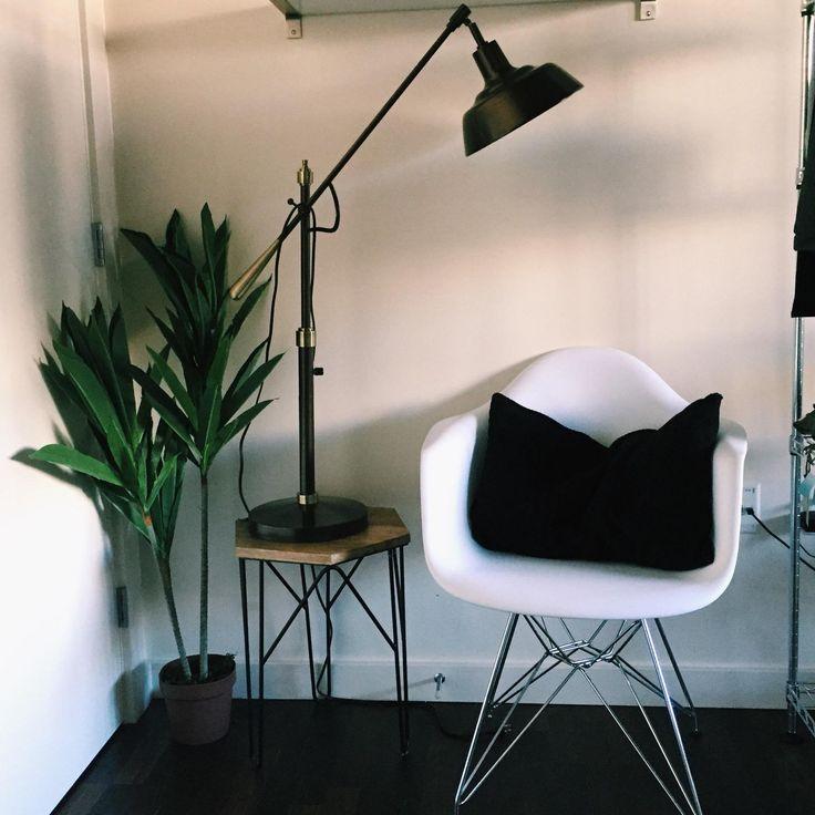Vivian Vo-Farmer's Apartment | Downtown Seattle | Clean, Simple, Modern Industrial