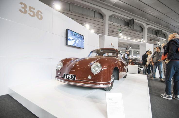 Scorci dello stand Porsche