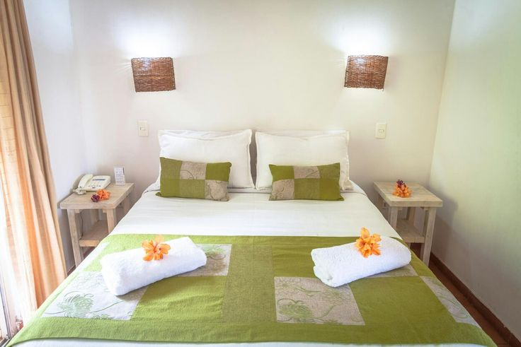 Your honeymoon is an important moment, enjoy it in Rapa Nui. Informations in: http://owl.li/3Wfm305DhzV