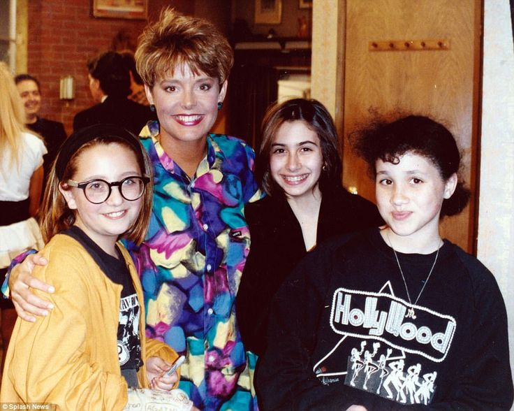 Hollywood: Meghan and her friends also posed for a photo with the actressAmanda Bearse wh...
