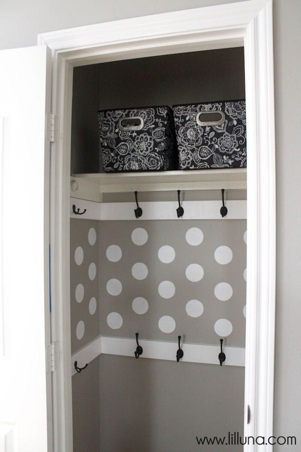 Love this closet makeover- from ordinary to extraordinary! Via Lil Luna
