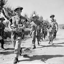 THE BRITISH ARMY IN ITALY 1944 july, Arezzo, pin by Paolo Marzioli