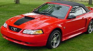 1999 ford mustang gt convertible 35th anniversary limited edition mine was silver miss that. Black Bedroom Furniture Sets. Home Design Ideas