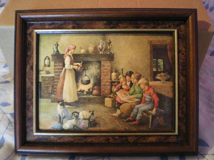 Très beau cadre en émaux signé Vicente ROSO en très bon état. L'oeuvre décrit une scène familiale près de la cheminée. Le tableau est vendu avec son cadre Prix de l'ensemble : 35€