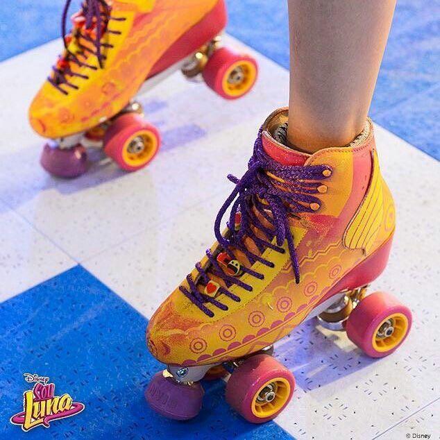 Nuevos patines de Luna más negocio o los de Luna se arruinaron??