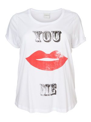 V ROXY YOU ME S/S TOP  Cool print tee from JUNAROSE - perfect with a pair of jeans  #junarose #tee #print #kiss #fashion