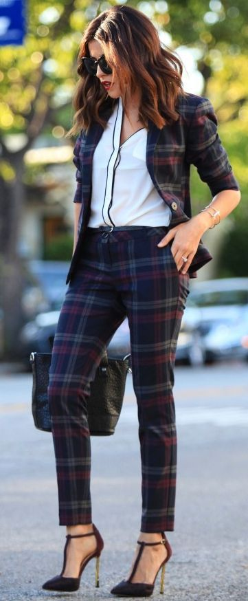 Sazan Girl Boss Plaid Pant Suit Fall Office Style Inspo